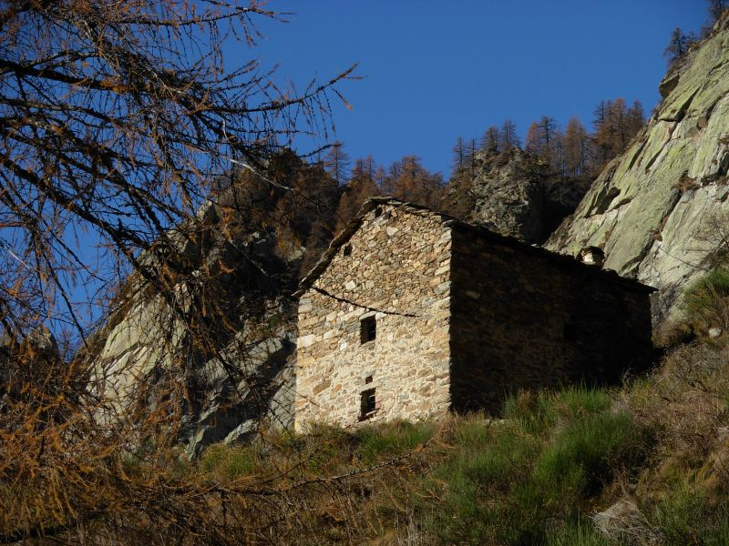 Escursione al villaggio di ortes orteis di lillianes for Piani di coperta 12x24