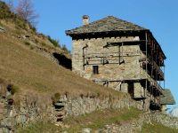 Escursione nel vallone di san grato a issime for Piani di casa di 1800 piedi quadrati aperti